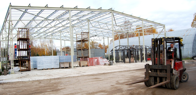 Steel structures and frameworks for construction